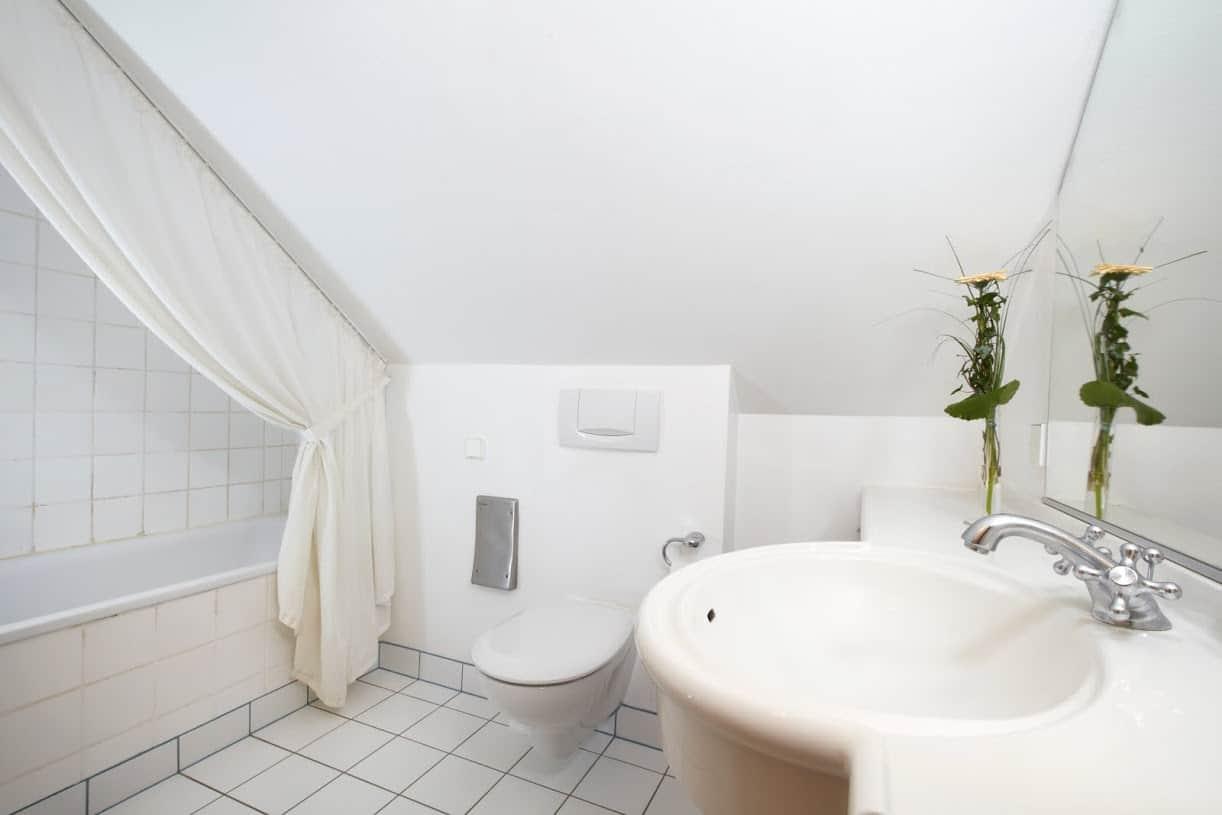 Strandhaeuser Blankenfohrt Badezimmer 02